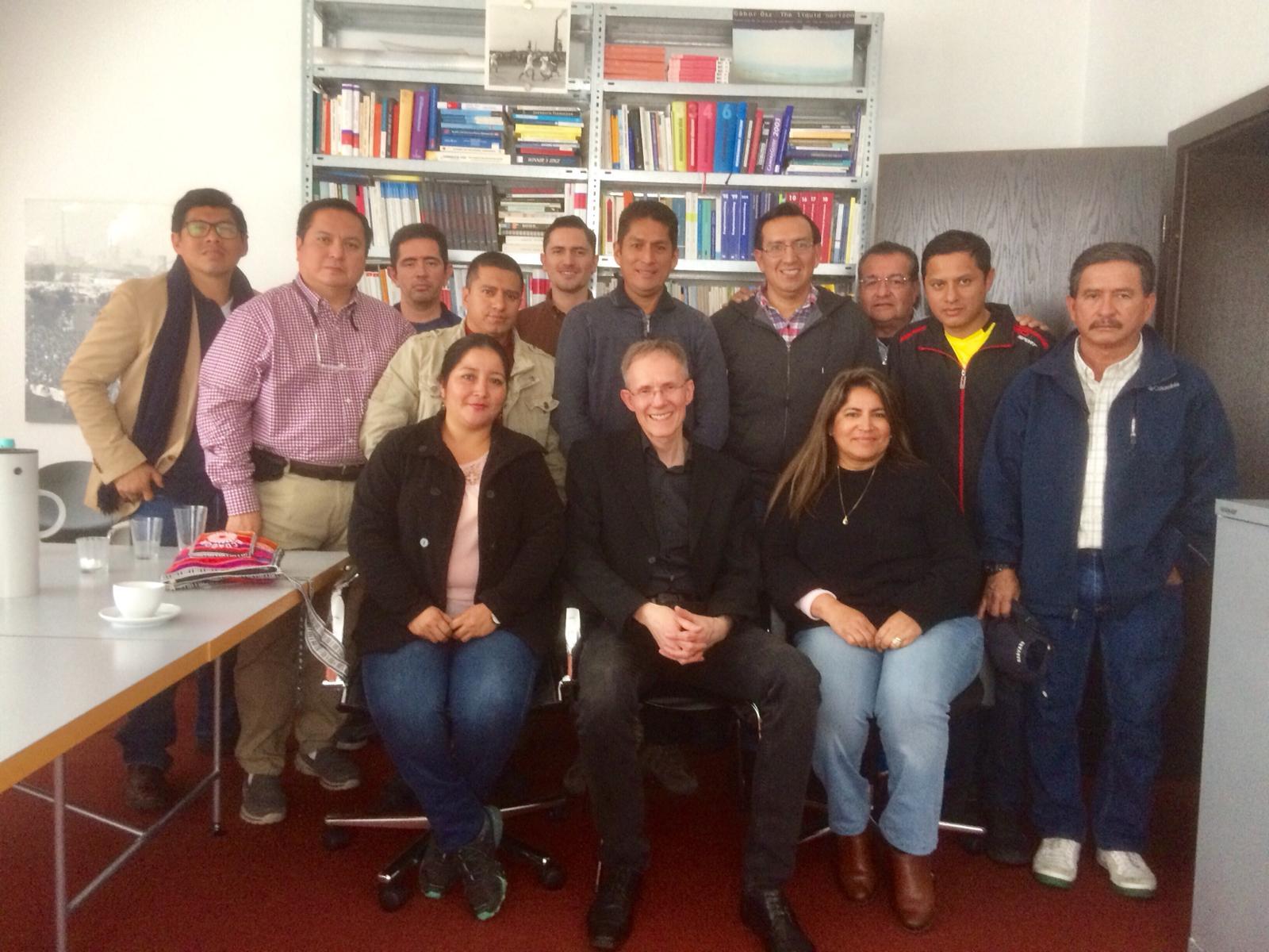 Ecuadorianische Hochschuldelegation zu Gast bei mmb